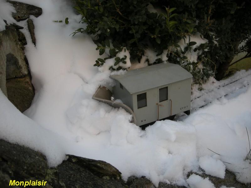 LGB : Sous la neige ! Cn1010