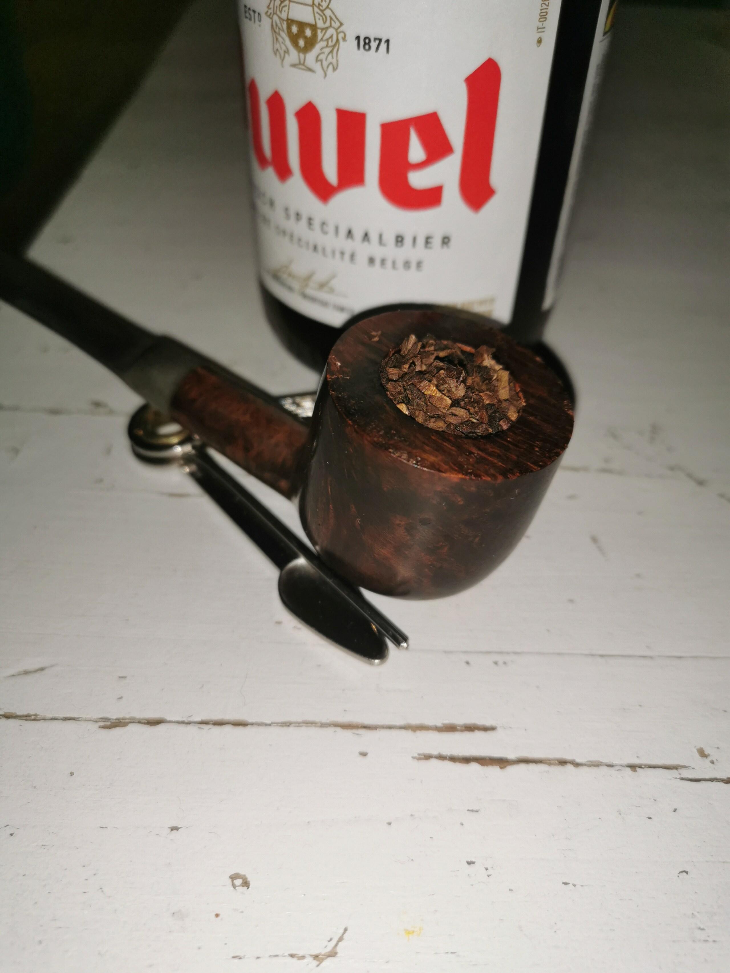 Novembre 26 froid que tout le monde fume sous sa parka.  16064110