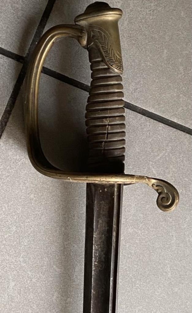 Identification d'un fusil et d'un sabre  Ff9bb610