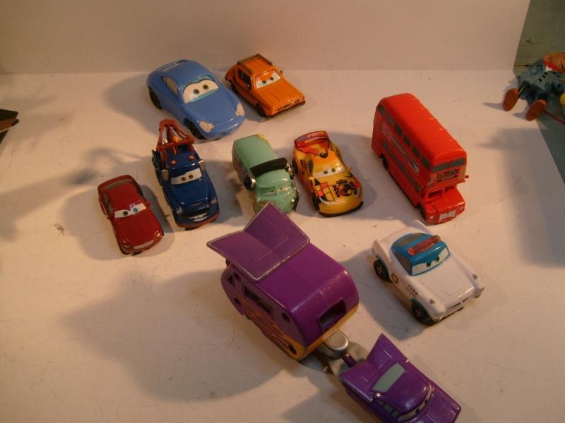 mes autres Cars 1 , 2 , 3 et Planes !!! toutes marques et matieres - Page 10 S7305032