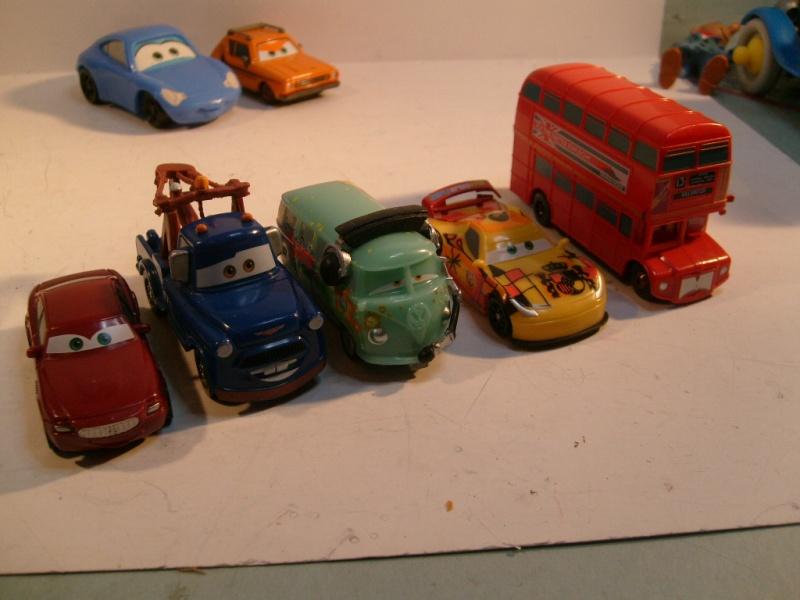 mes autres Cars 1 , 2 , 3 et Planes !!! toutes marques et matieres - Page 10 S7305035