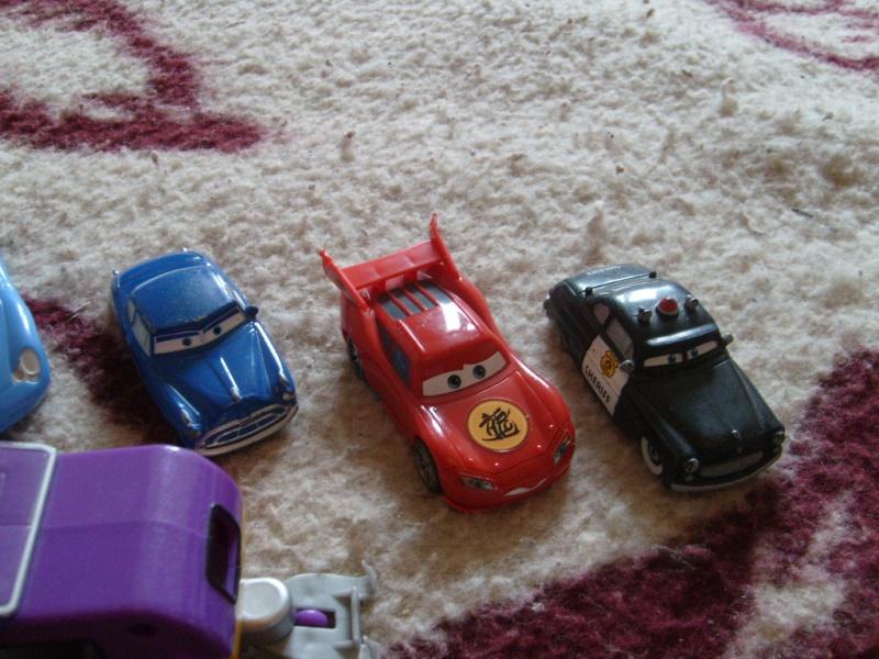 mes autres Cars 1 , 2 , 3 et Planes !!! toutes marques et matieres - Page 10 S7305421