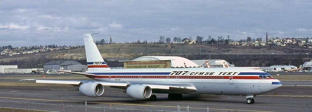 Les 2 Boeing 707 des FRA Clipbo13