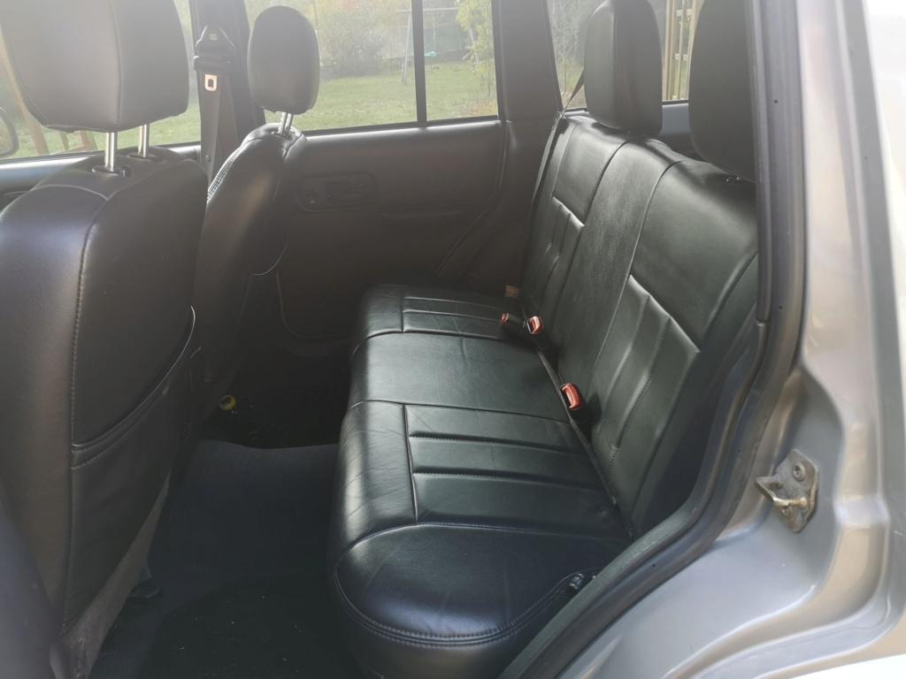 jeep cherokee 4.0L 2001 612