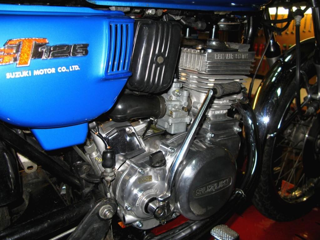 Suzuki GT 125 L 1974 Img_0010