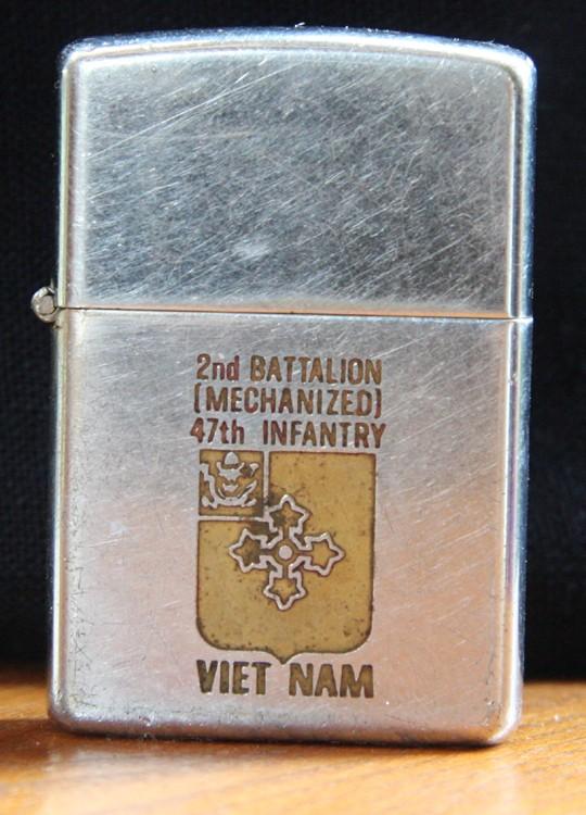 vietnam - Collection de Nguoi Tien Su - Vietnam Zippo_51