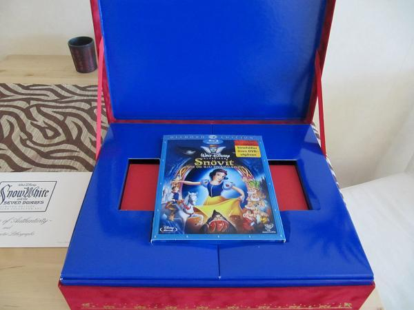 Snow White and the Seven Dwarfs (5 éditions ) 041110