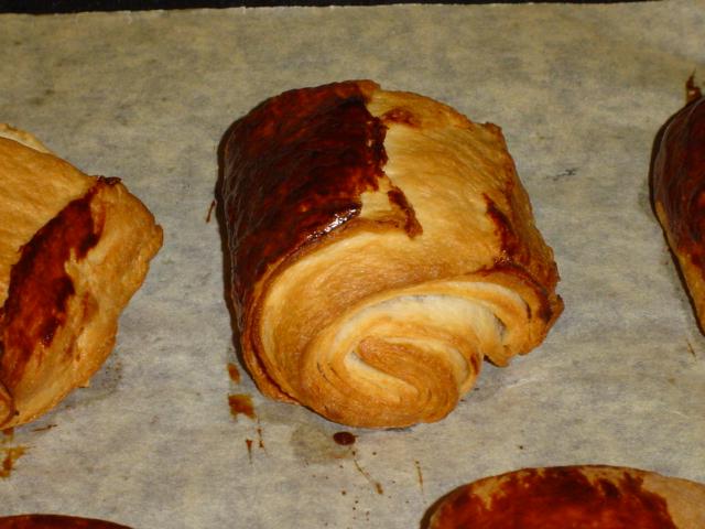 pains au chocolat - Page 2 Dsc01930