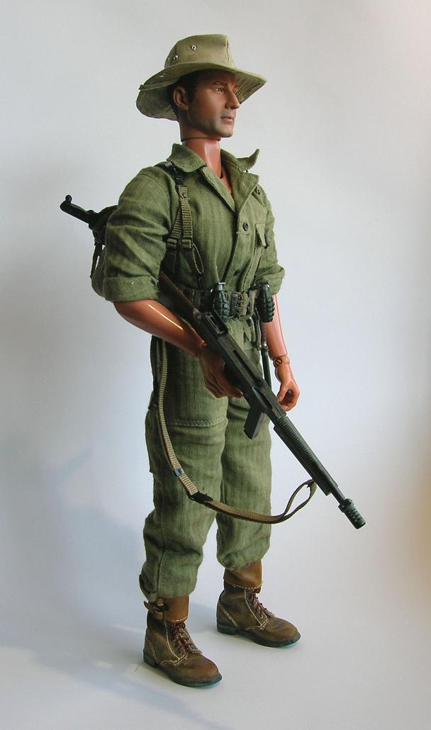 Mon hommage aux combattants d'Indochine - figurines 1/6 Choc110