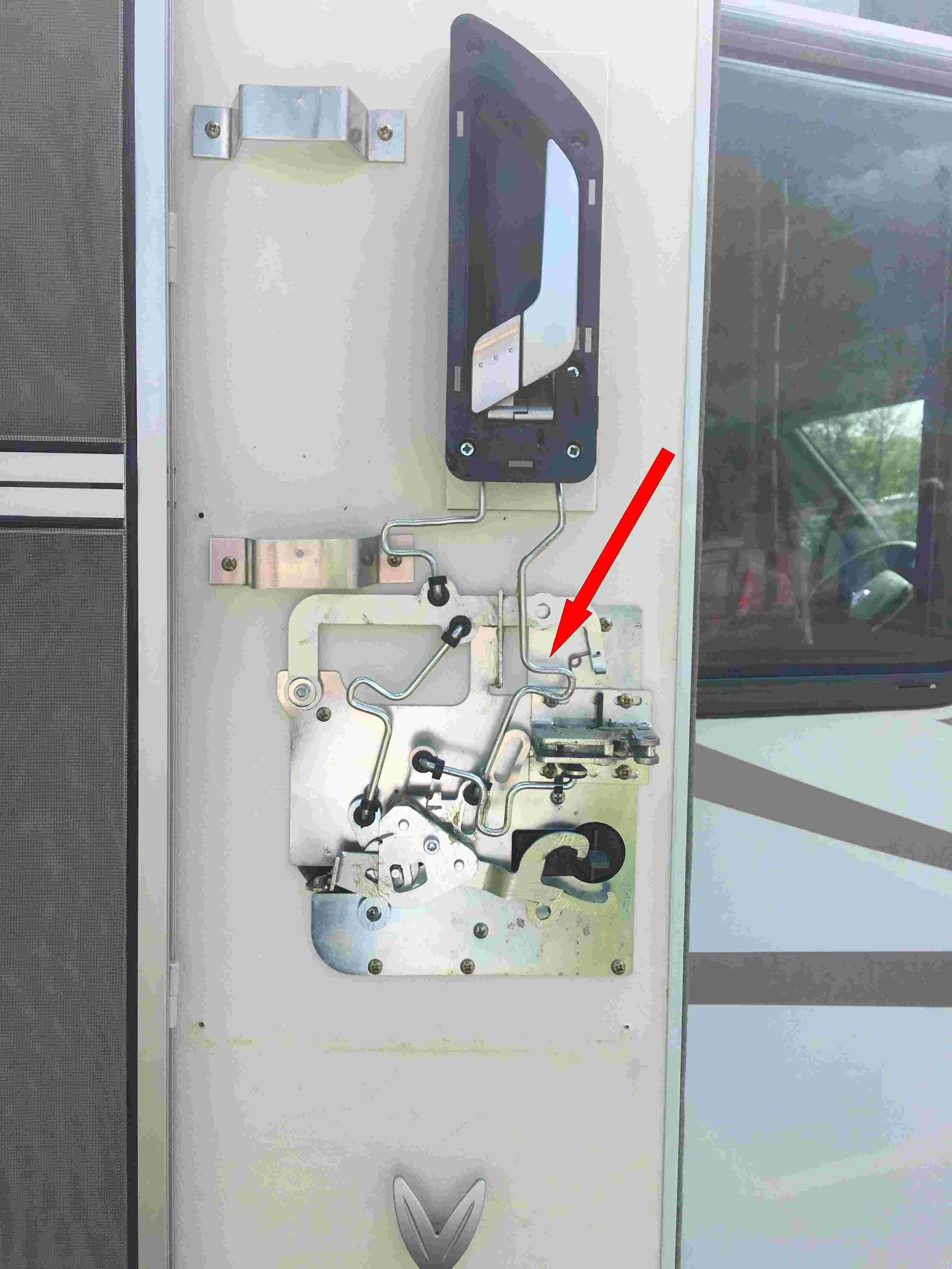 Poigné d'ouverture porte cellule (interieur) Porte10