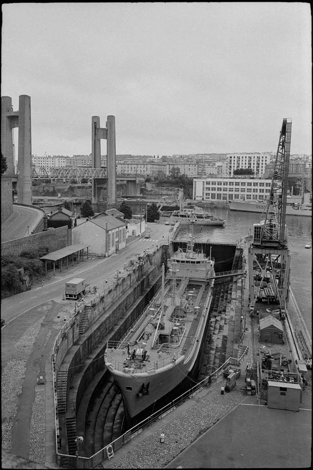 [Les ports militaires de métropole] Port de BREST - TOME 3 - Page 7 030-b810