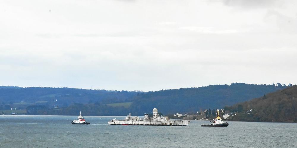 [Autre sujet Marine Nationale] Démantèlement, déconstruction des navires - TOME 2 Decons10