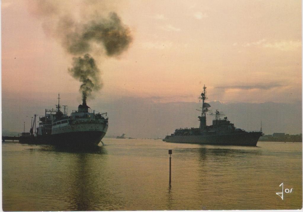[Les ports militaires de métropole] Port de LORIENT - Page 5 Lorien11