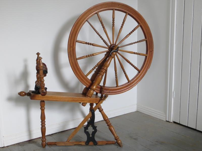 le rouet  - Page 2 01910