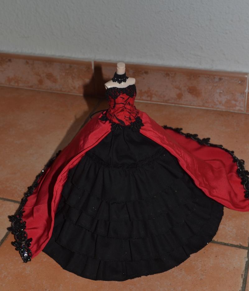 MAJ 07/06 Noces funèbres et tenues pullips  - Page 40 00611