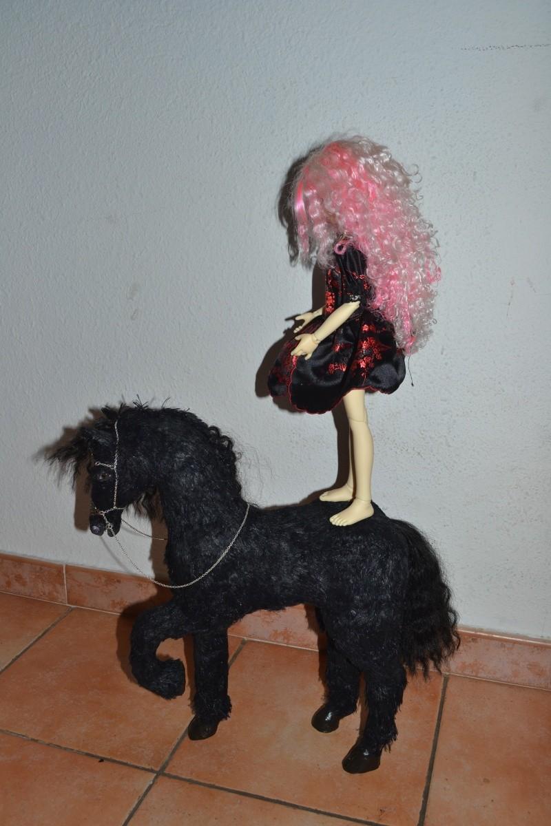 Cheval licorne MAJ 25/10 :cheval brun preview ldoll  00812