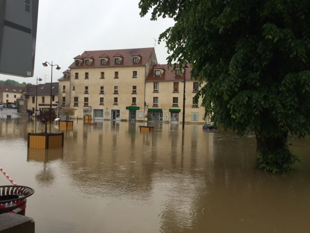 Inondation.... Img_6512
