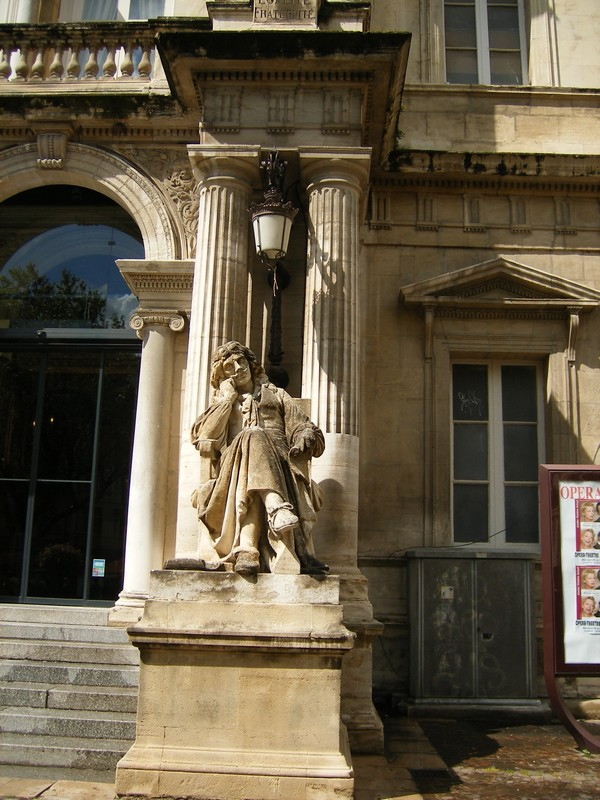 Sculptures  vues  à Avignon Dscf4118