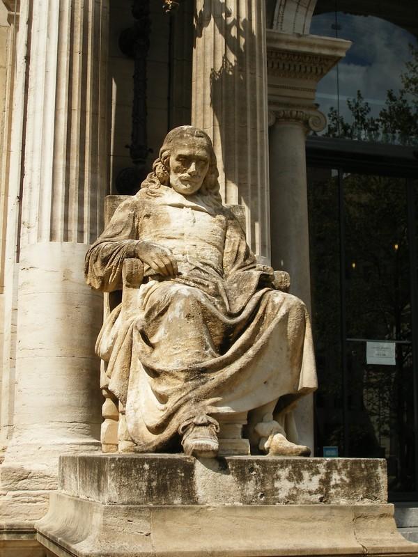Sculptures  vues  à Avignon Dscf4119