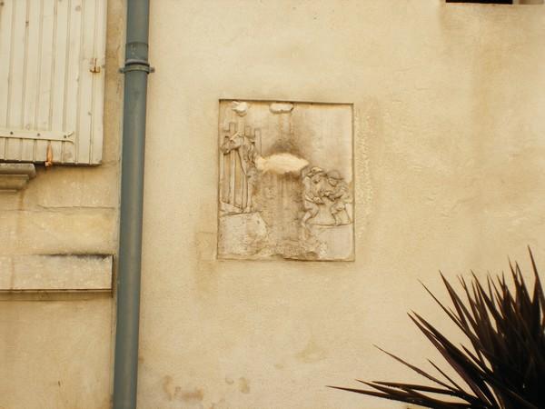 Sculptures  vues  à Avignon Dscf4122