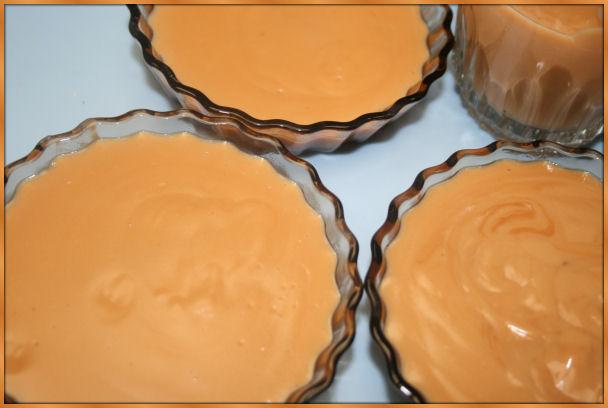 Petites crèmes délicieuses au micro-ondes Fffg10