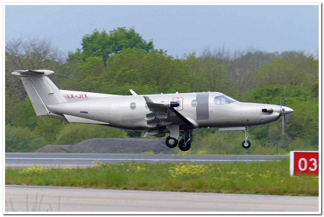 [BIZ JETS] L'Aviation d'Affaires de 2016...   Pilatu10