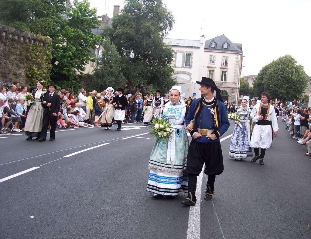 Photos des fetes de cornouaille : le grand défilé breton 101_3511