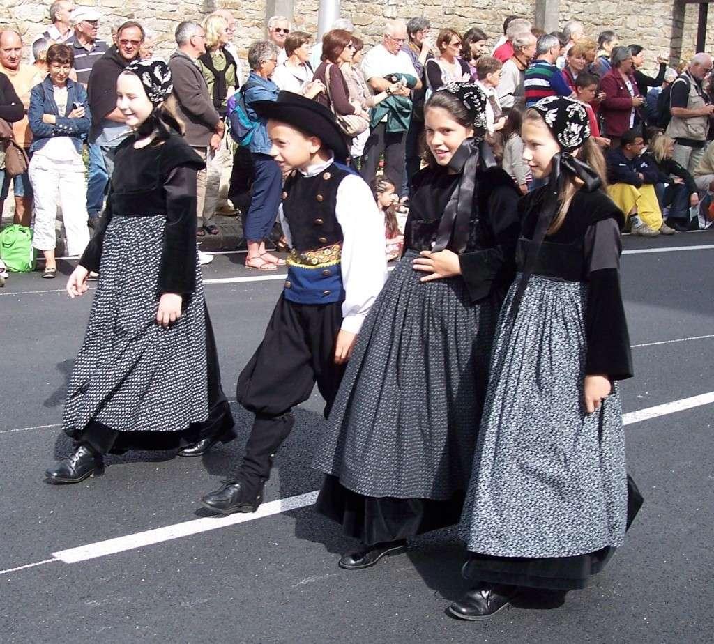 Photos des fetes de cornouaille : le grand défilé breton 101_3514