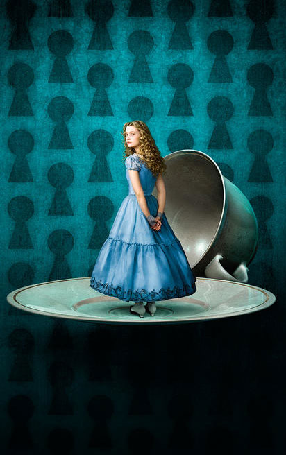 Tim Burton Takes on Alice in wonderland! Alice-10