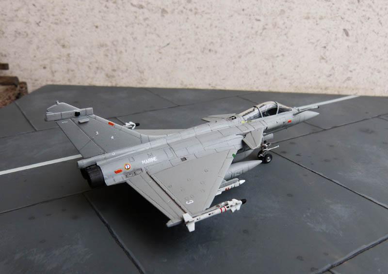 [Trumpeter] Dassault Rafale M - 1/144 - Page 2 Rafale43