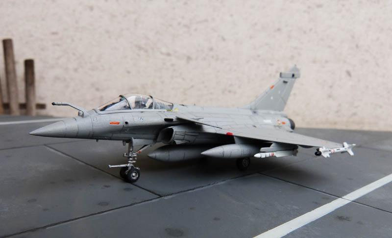 [Trumpeter] Dassault Rafale M - 1/144 - Page 2 Rafale48