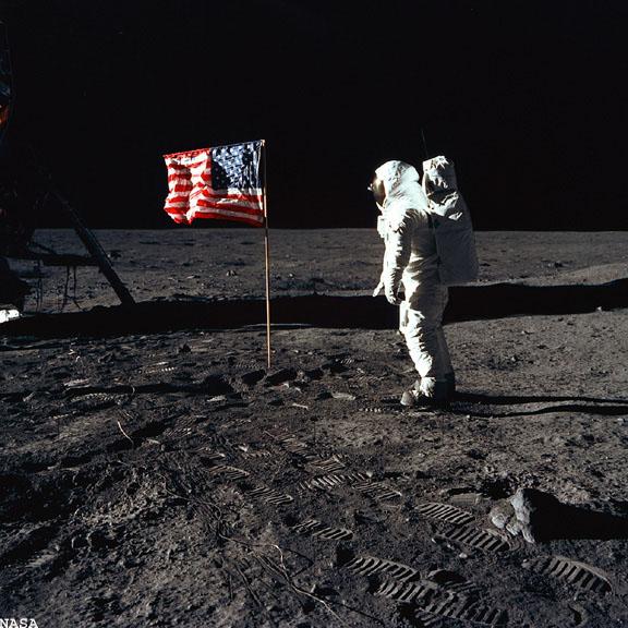 20 Juillet 1969 - L'Homme sur La Lune - 40ème anniversaire Apollo13