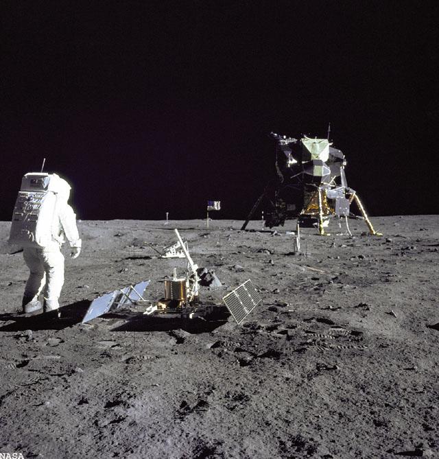 20 Juillet 1969 - L'Homme sur La Lune - 40ème anniversaire Apollo14