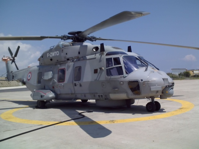 [Aéronavale divers] Hélico NH90 21-05-10
