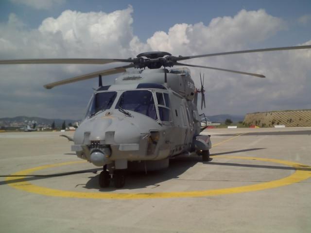 [Aéronavale divers] Hélico NH90 21-05-11