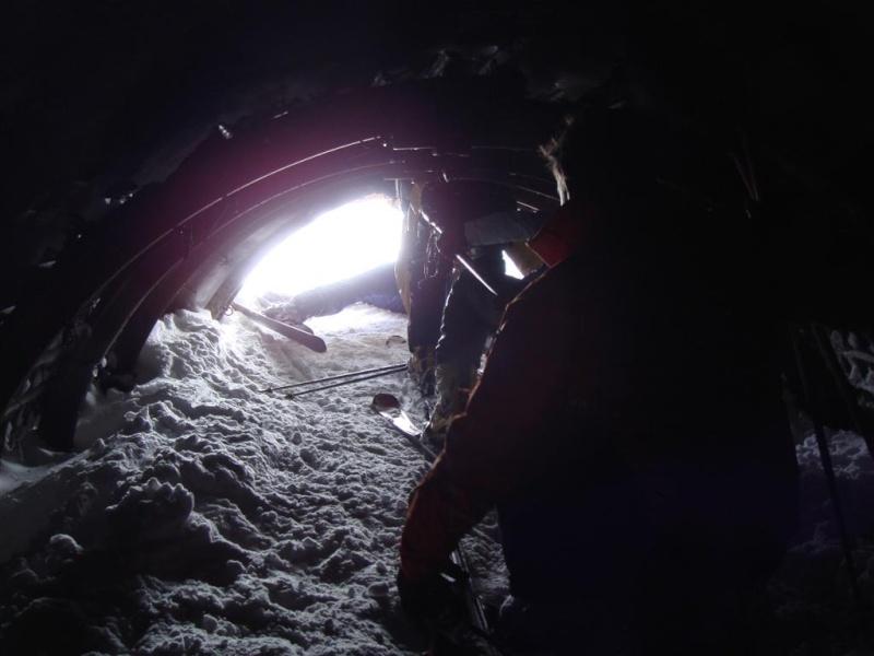 [EK]TK 3000 et piste du Tunnel - Page 3 Dsc09224