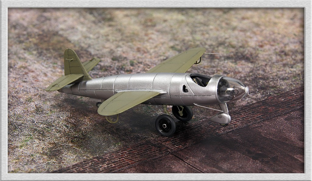 Heinkel He 176 - Le stylo fusée - (JACH #72102) - Page 2 Img_6759