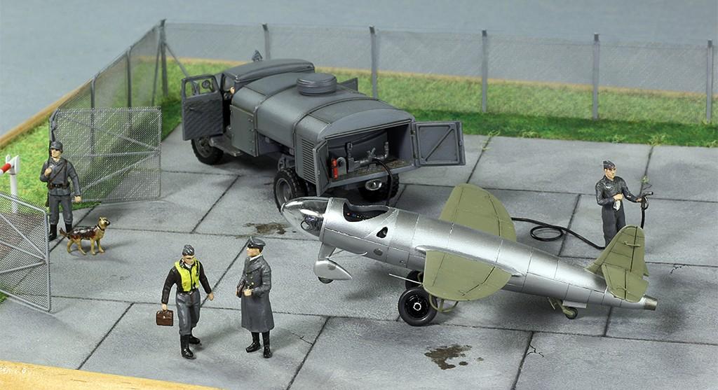 Heinkel He 176 - Le stylo fusée - (JACH #72102) - Page 2 Img_6935