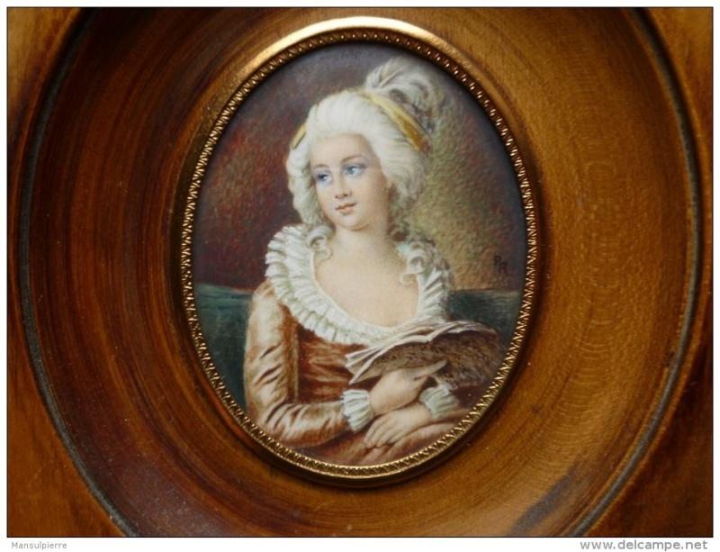 La duchesse Jules de Polignac - Page 15 Miniat10