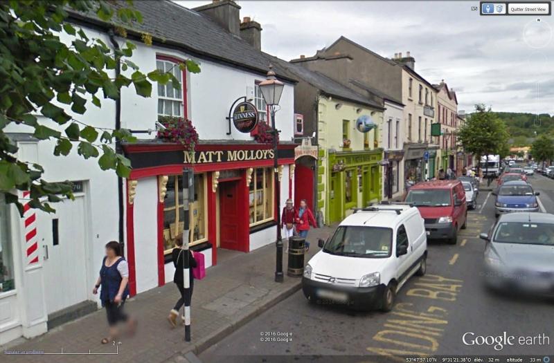 STREET VIEW : les pubs, une invitation à entrer... Sans_129