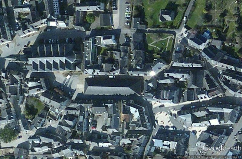 STREET VIEW : halles et marchés couverts - Page 2 Sans_339