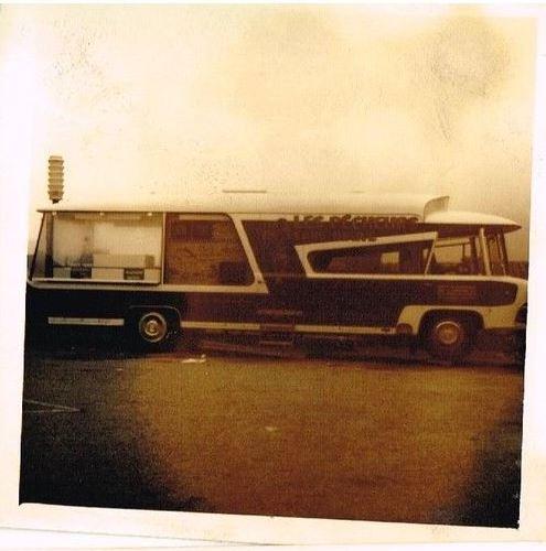 Photos d'époque de camions Citroën - Page 29 2121