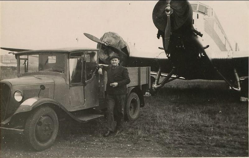 Photos d'époque de camions Citroën - Page 29 Captu140