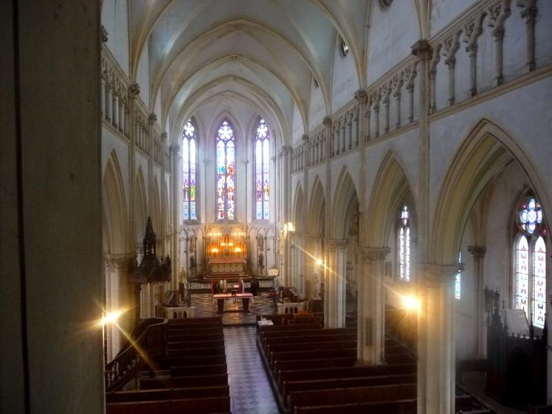 L'EGLISE de Le Quesnel : église Saint léger. E2610