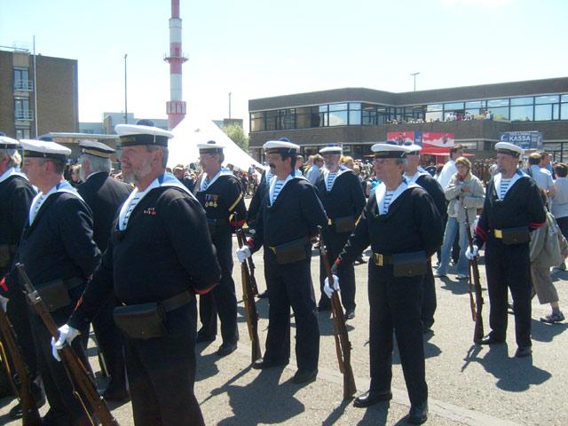 Zeebrugge : Opendeur - Portes Ouvertes - Navy Days - Page 8 03_tor10