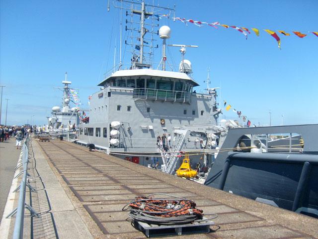 Zeebrugge : Opendeur - Portes Ouvertes - Navy Days - Page 10 15_nav11