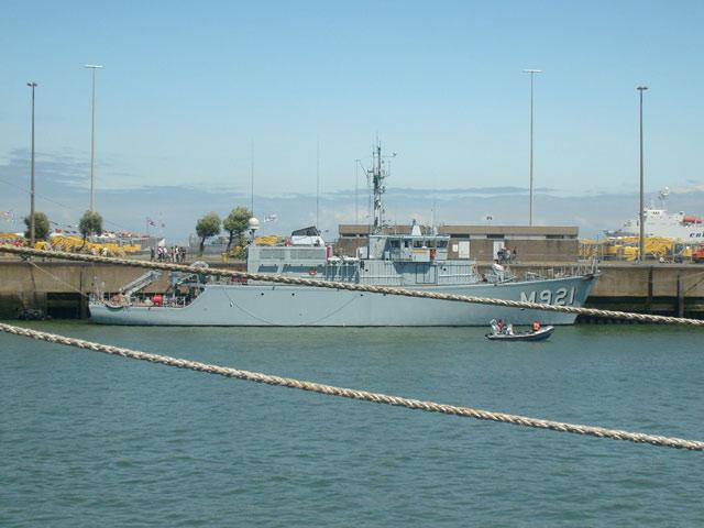 Zeebrugge : Opendeur - Portes Ouvertes - Navy Days - Page 9 16_nav11
