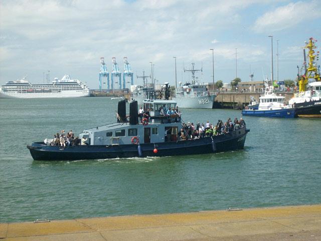 Zeebrugge : Opendeur - Portes Ouvertes - Navy Days - Page 10 21_nav11