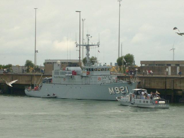 Zeebrugge : Opendeur - Portes Ouvertes - Navy Days - Page 11 32_nav11