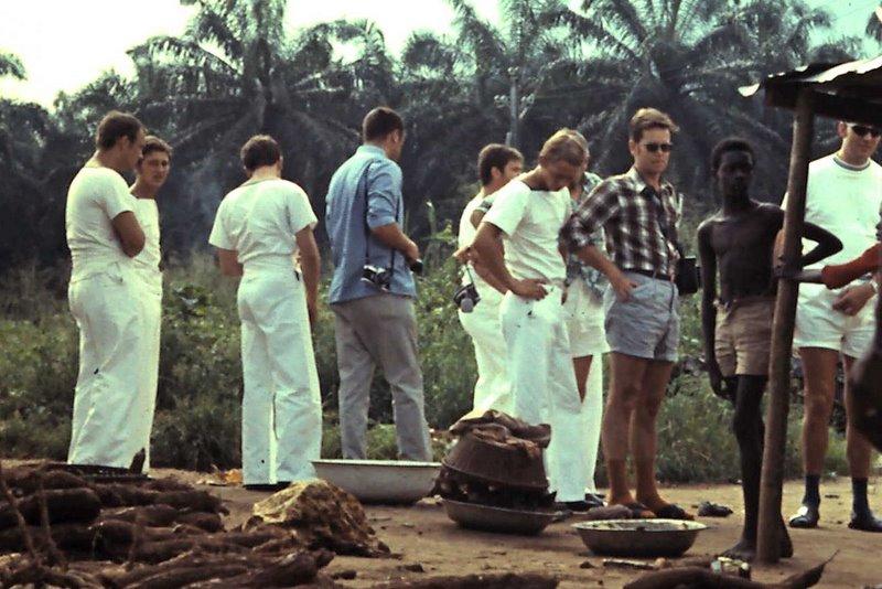 A961 ZINNIA voyage en Afrique en 1972 - Page 5 5-31-219